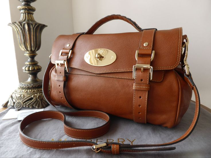 Mulberry Regular Alexa in Oak Polished Buffalo with Soft Gold Hardware  >…