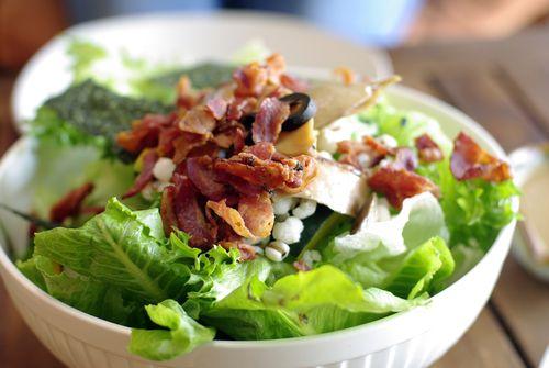 Ensalada César con bacon  #ensaladaCésar #ensaladaCésarconbacon #ensaladaconbacon #recetasdeensalada #platosdeensalada #ensaladas