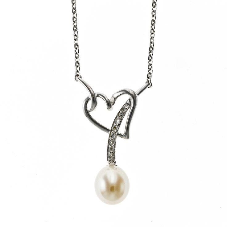 Elegant sølv collier med hjerte og perle.