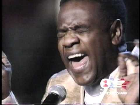 """OMG! Al Green sang Sam Cooke's """"A Change Is Gonna Come"""" at the 1999   """"Concert of the Century for VH1's Save the Music"""" ~ S-o-o good!"""