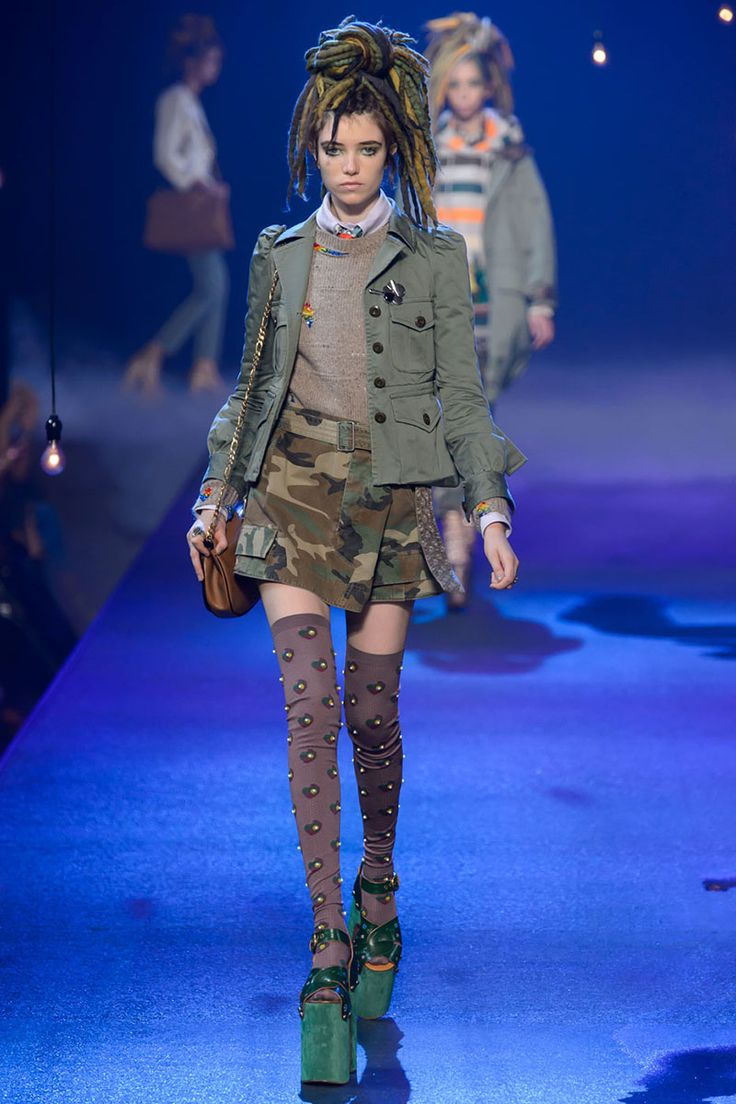 No one blinked at the marc jacobs fashion show when a model wore a - Fatigues Please