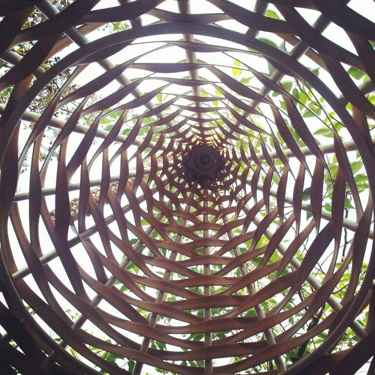 wood net chest