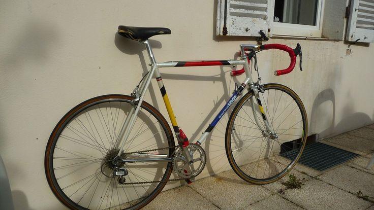 D tails sur look la vie claire bernard hinault jean francois bernard 39 s pro bike dura ace for Mauve la vie claire
