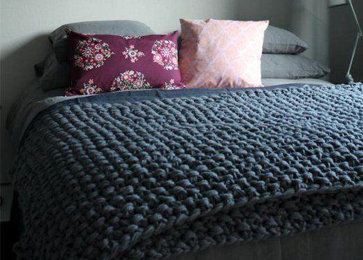 Ideal manta o colcha hecha con trapillo.
