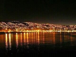Valparaiso de noche Chile