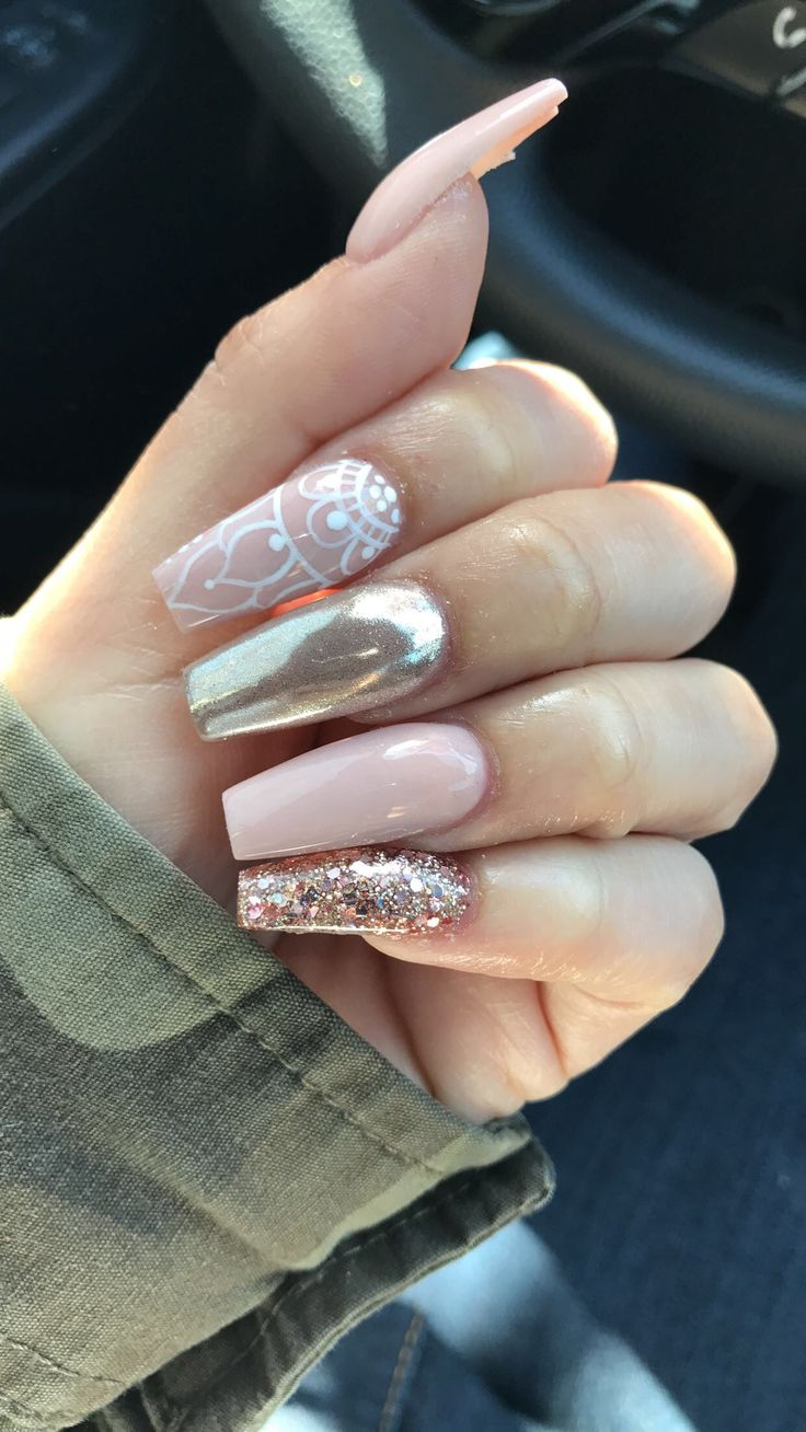 Pink/nude coffin nails with glitter & chrome