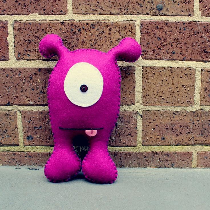 Anthony, a one-eyed alien handmade from felt. Toys Toys Toys. www.babua.com.au