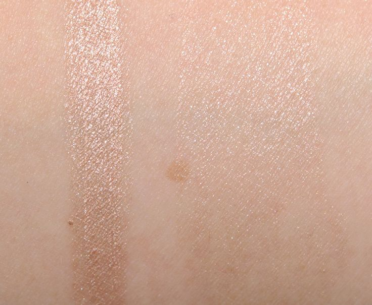 Hollywood - (B+) 17 subdued, light-medium peachy gold with warm, brown udnertones and a metallic sheen.