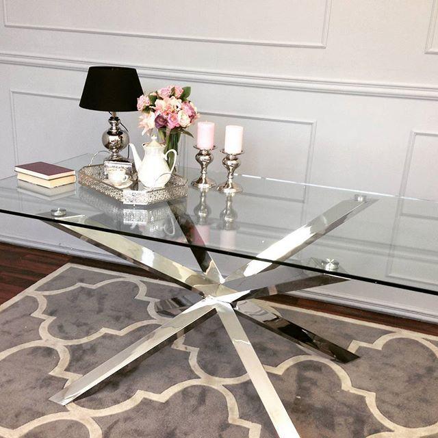 #diningtable #diningroom #diningchair #chair #steel #glass #candle #lighting #livingroom #tablelamp #coffeetime #home #inspiration #instahome #instadesing #luxury #interiorinspiration #glamourstyle