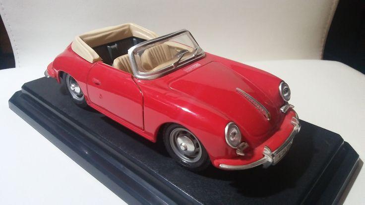 Porsche 356B Cabriolet (1961) - 1/24 scale diecast car model by Bburago.