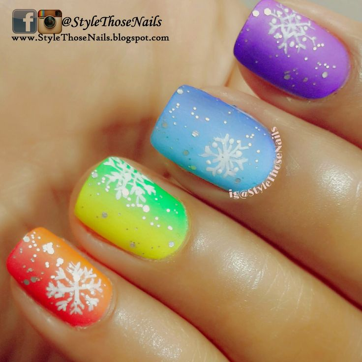 Snowflakes Nailart #winternails