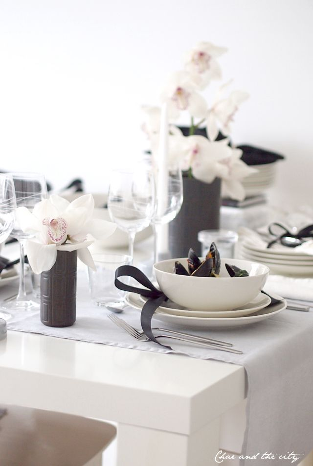 chocolate and white with a hint of orchid pink - place settings - tablescape