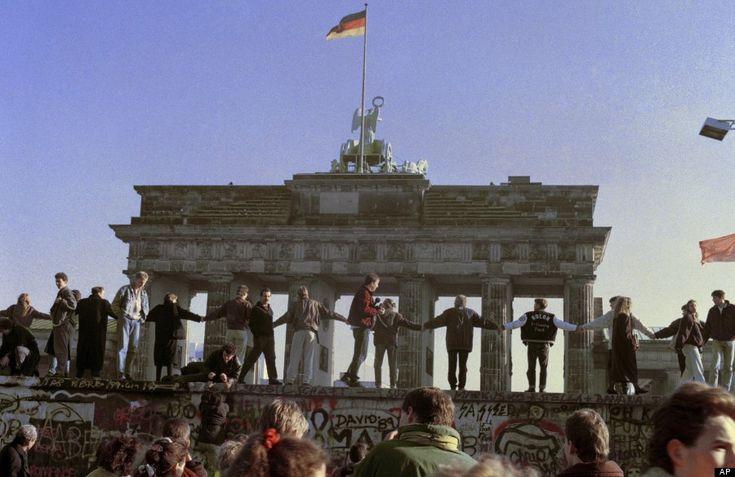 Le mur de Berlin - Avant et Après le 9 novembre 1989