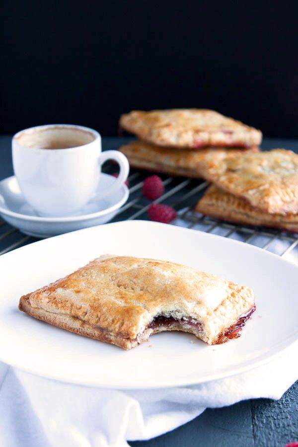 If you love pop tarts, then you will love these Homemade Raspberry Pop Tarts! All the flavor without the fake ingredients!   breakfast for dinner