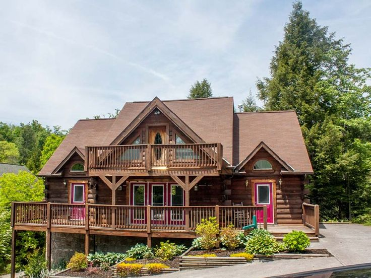 Cabin vacation rental in Gatlinburg, TN, USA from VRBO.com! #vacation #rental #travel #vrbo