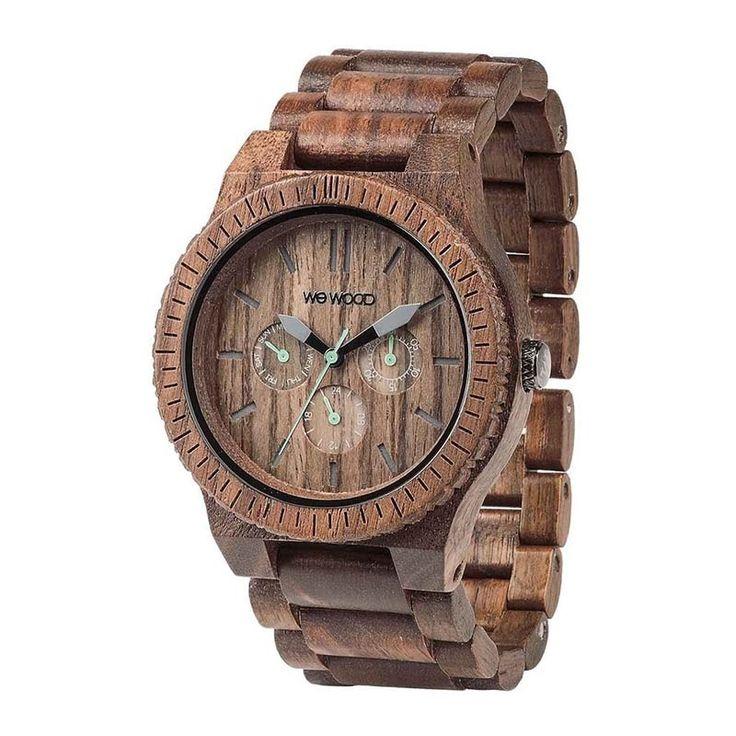 Модные деревянные часы ручной работы от флорентиского бренда WEWOOD, корпус и браслет которых изготовлен из орехового дерева, снабжены высокоточным японским кварцевым механизмом, противоударным закаленным стеклом, снабжены акцентно-большим в 46 мм круглым циферблатом и настоящим деревянным без