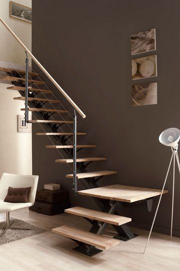 Un escalier quart tournant prêt à poser - Escalier : 15 modèles d'escaliers prêts à monter - CôtéMaison.fr ..rh