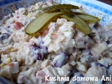 Kolejny przepis z myślą o akcji dotyczącej kuchni Macieja Kuronia. Ponownie przepis pochodzi z broszurki biedronkowej (czerwiec 2008). Sała...