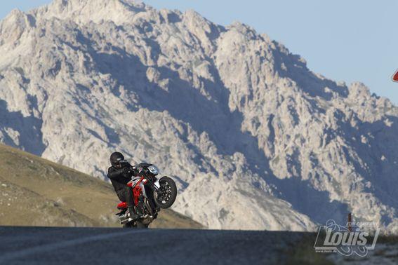 Bergauf? Kein Problem #Motorrad #Motorcycle #Motorbike #louis #detlevlouis #louismotorrad #detlev #louis