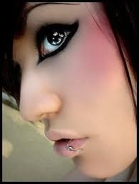 i love this black eyeliner with the points on each end