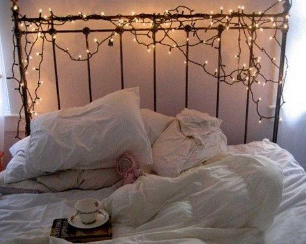 White Romantic Bedroom Lighting Ideas