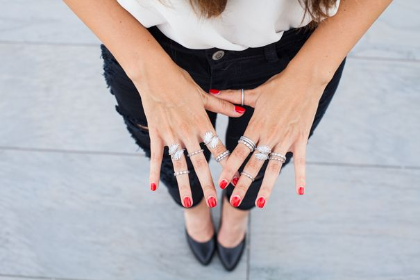How gorgeous are these Pandora rings! Wear them stacked up for a trendy daytime look