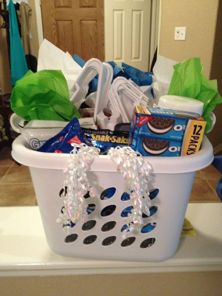 18 Best Graduation Gifts Images On Pinterest College Gifts Gift Basket Ideas And Hand Made Gifts
