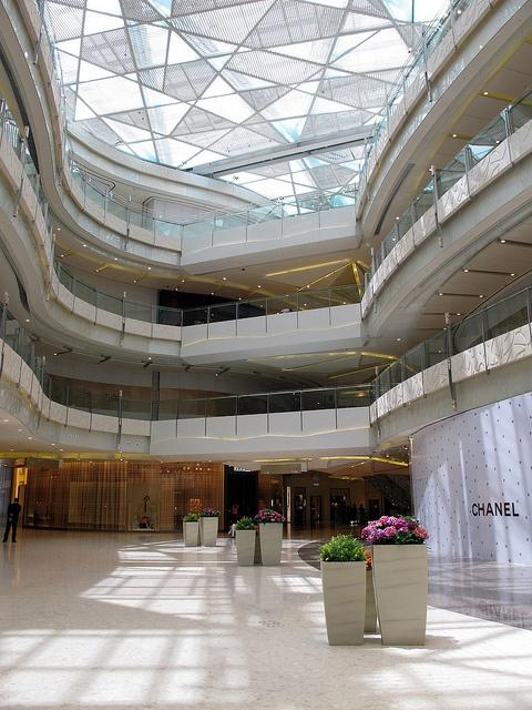 2019 的 Shanghai Ifc Mall Void 主题 商业