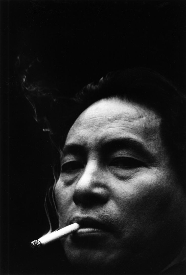 How to see without a camera          | by  Ken Domon      Self-portrait, 1958 [x]