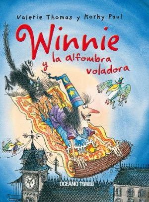 Winnie siempre quiso una alfombra voladora. Pero se lleva una gran desilusión cuando por fin recibe una como regalo de cumpleaños. ¡Es una caprichosa! ¡Se ha llevado a Wilbur, y Winnie no los puede alcanzar ! Necesitará mucho valor y algo de magia para rescatar a su querido gato negro.