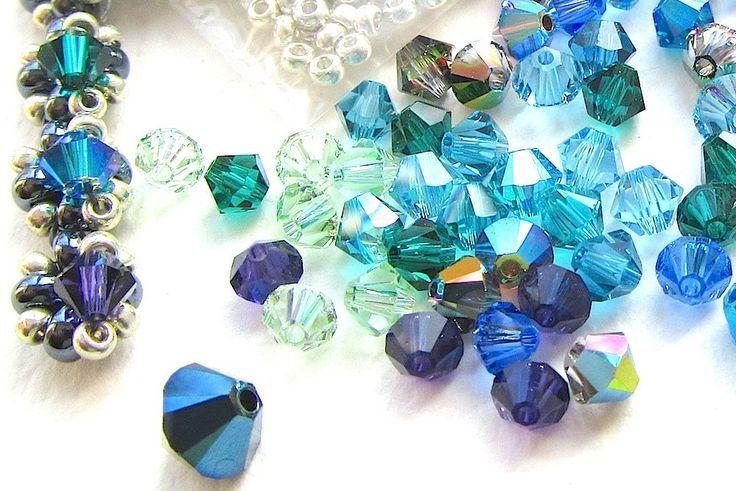 Joyería que hace el Kit, Kit de collar, pavo real Evangeline, cristal y granos de la semilla, azul pavo real, Gunmetal y Silvertone de nemeton en Etsy https://www.etsy.com/es/listing/182660741/joyeria-que-hace-el-kit-kit-de-collar