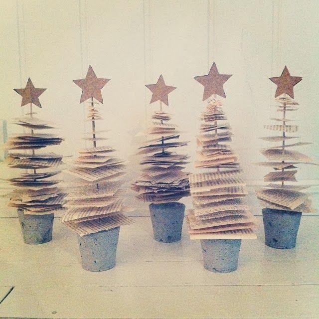 Søte små juletrær av gamle bøker... perfekt til borddekning