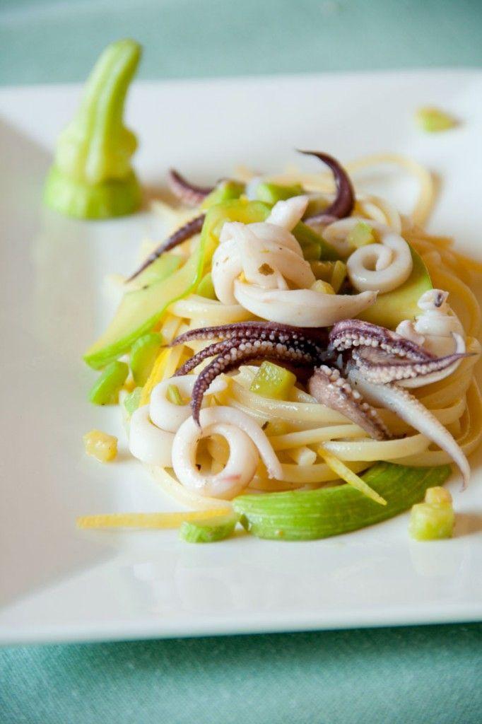 Linguine con zucchina trombetta e calamari