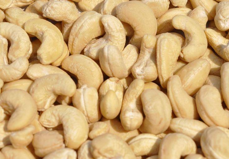 Hunza Dry Fruits Cashew (Dried Fruits) b2b with Trade