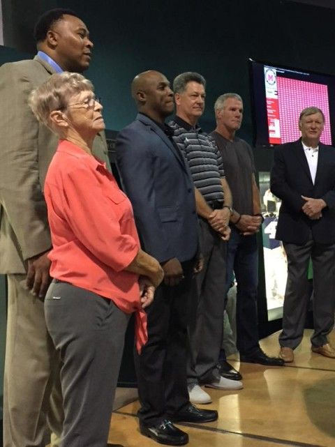 Brett Favre Got Into Another Hall of Fame -- Fresh off his induction into the Green Bay Packers Hall of Fame, Brett Favre went into the Mississippi Sports Hall of Fame. Looks a bit more laid back.