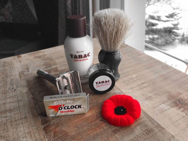 #SOTD #samplesaturday #wetshaving #shavelikegrandpa Razor: Gillette slim adjustable Blade: Gillette 7 oclock yellow Brush: Omega Boar Soap: Tabac Aftershave: Tabac