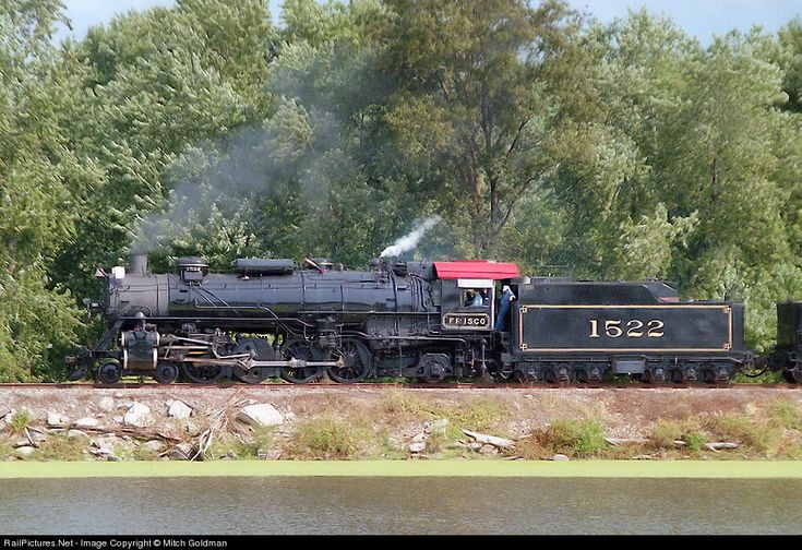 Frisco #1522 on an excursion from St. Louis to Hannibal, MO in September of 2000