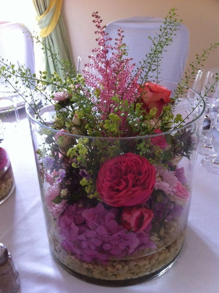 Waldblumen in Riesenvase