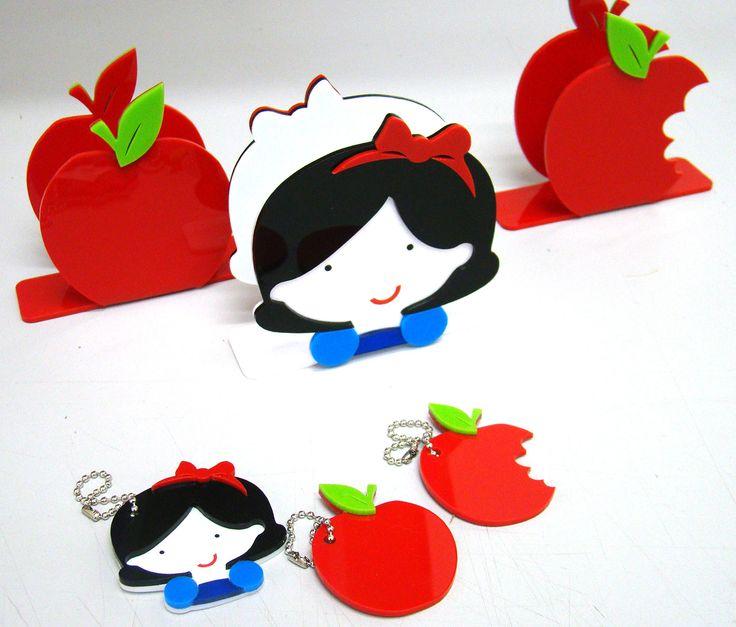 snow white themed tissue holder