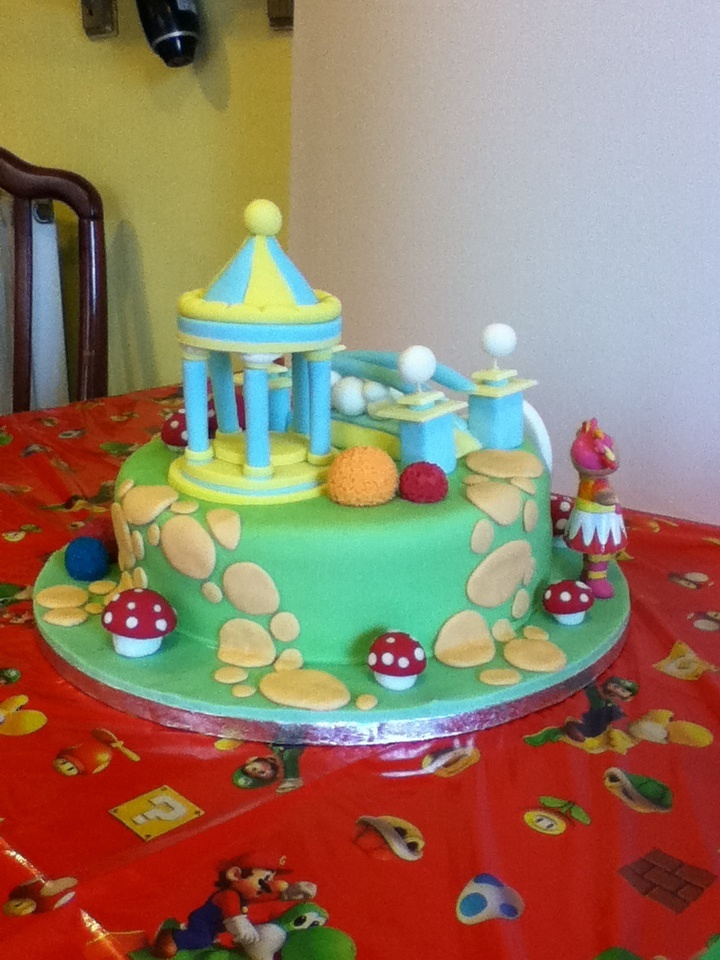 82 best images about in the night garden party on for In the night garden cakes designs