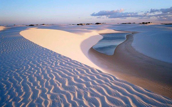 Потрясающие голубые лагуны пустыни Ленсойс, Бразилия