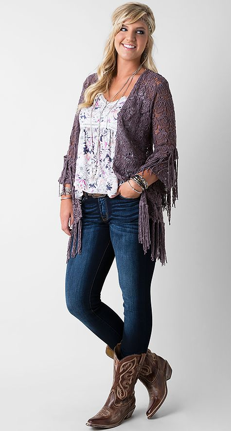 Love the combination and layers here. The floral top with lace cardigan are perfect.