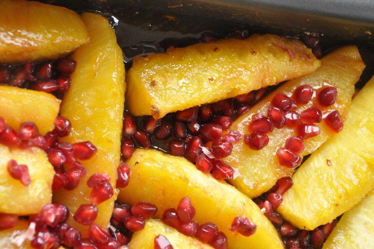Ananas caramélisé et rôti, graines de grenade et vanille