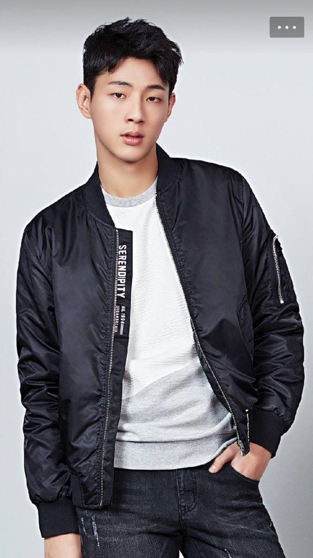 Korean Male Celebrity Images On