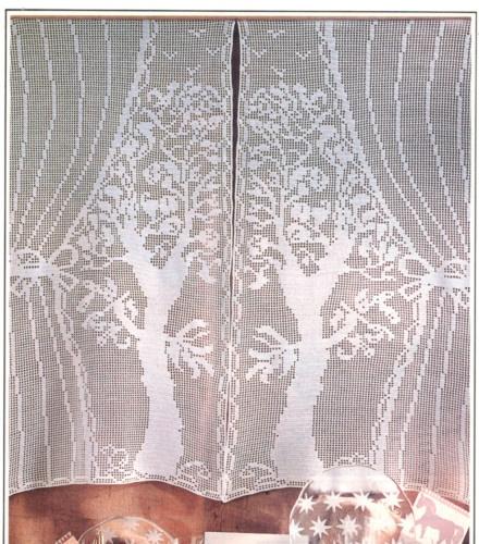 "Vintage Unusual ""TALL TREES""  Filet Crochet Pattern"