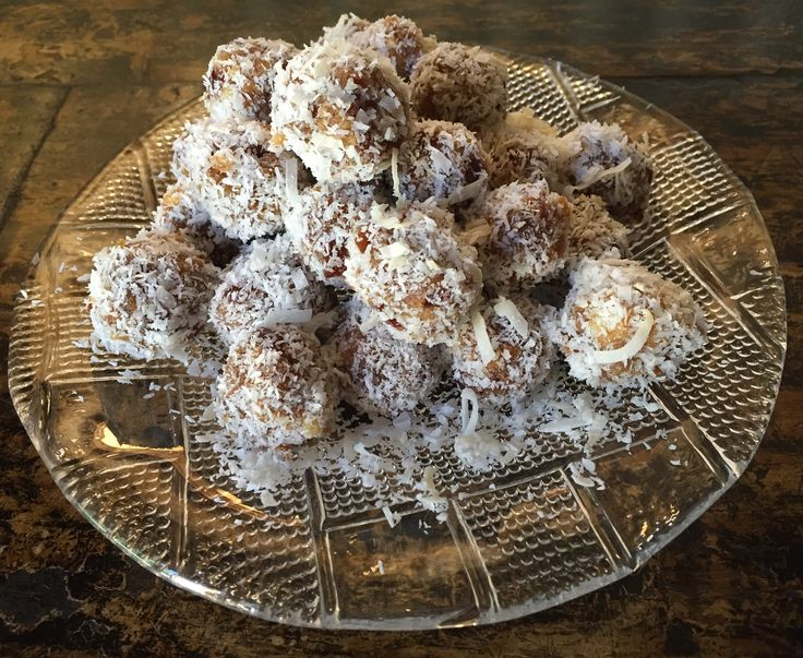 Date balls are simple to make and require no baking.Unbaked, refrigerated squares or balls that are made from dates and crushed biscuits are a South African favourite. For those of you who haven't…