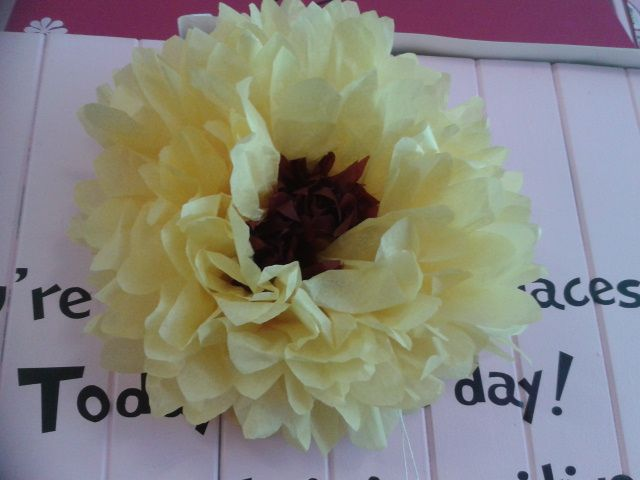 Sunflower Tissue Paper Pom Pom