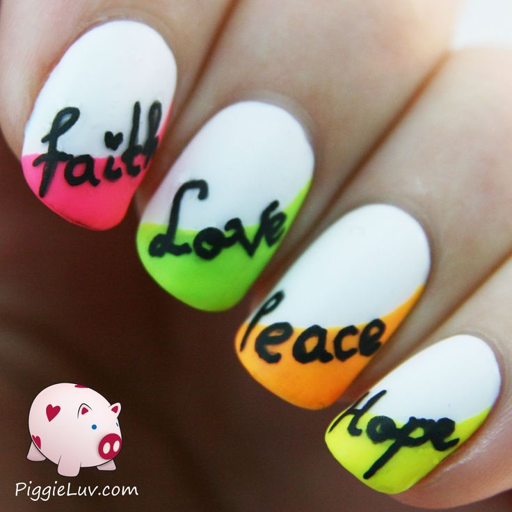 I reviewed two Kiss nail art pens, a black and a white one. I made some inspirations to test out the pens and show you some things you can make with these. This design was inspired by stylish_mom on Instagram and the words were really easy to make with the black nail art pen :-)