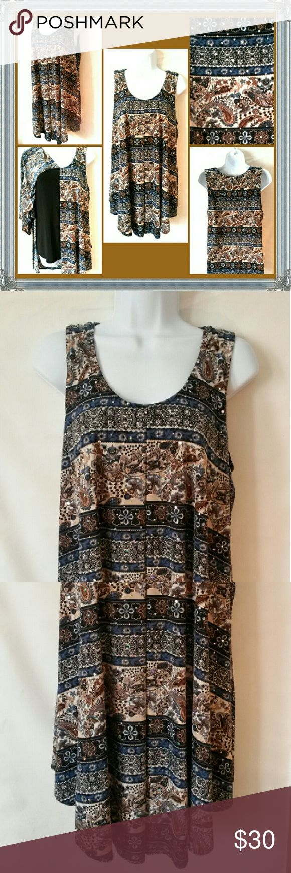 ⚠CLEARANCE SALE ⚠ Beautiful Womens Top Excellent conditions Size is M but will fit a L also Stretchy Brittany Black Tops