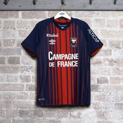 El nuevo Camisetas de futbol SM Caen casa 2018-2019 baratas es de color azul e8ae16cf89046